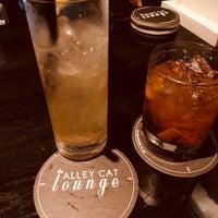 Foto scattata a Alley Cat Lounge da Mary J. il 5/18/2018