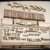 Foto tirada no(a) Bengies Drive-in Theatre por Kira T. em 4/5/2013
