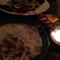 Foto tomada en Pacifico's Fine Foods por Anca N. el 12/3/2014