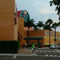 รูปภาพถ่ายที่ Shopping Iguatemi โดย Nilton T. เมื่อ 12/29/2012