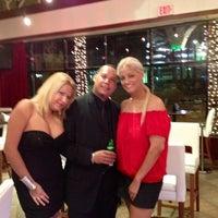Das Foto wurde bei Copacabana Supper Club von Joanna V. am 10/12/2012 aufgenommen