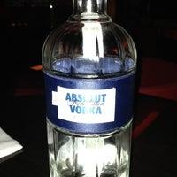 Foto tirada no(a) Burgundy Bar & Lounge por Mona A. em 11/27/2012