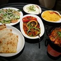Foto scattata a Khushboo Indian Restaurant da Khushboo Indian Restaurant il 3/31/2016