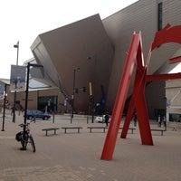 Foto tirada no(a) Denver Art Museum por Dario C. em 11/8/2013