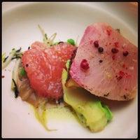 รูปภาพถ่ายที่ Jaso Restaurant โดย Alejandro Z. เมื่อ 2/6/2013