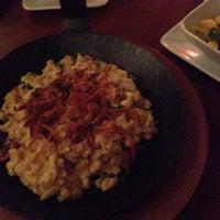 Das Foto wurde bei Bodhi Bar & Restaurant (Vegan) von Chrissie S. am 1/11/2014 aufgenommen