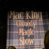 Foto diambil di The Mac King Comedy Magic Show oleh Benjamin E. pada 5/2/2018