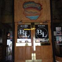 4/26/2014にWendy D.がBorderline Bar & Grillで撮った写真