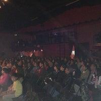 รูปภาพถ่ายที่ La Casona Del Arbol Teatro-Bar & Cocina Show Center โดย Xavier S. เมื่อ 11/30/2012