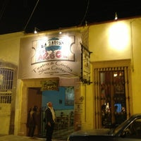 รูปภาพถ่ายที่ La Casona Del Arbol Teatro-Bar & Cocina Show Center โดย Xavier S. เมื่อ 1/3/2013