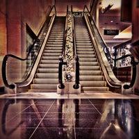 Foto tirada no(a) The Shops At North Bridge por DANIEL em 12/10/2012
