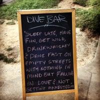 Foto tirada no(a) Dive Bar & Lounge por Amanda H. em 6/19/2013