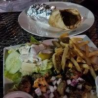 Foto scattata a Nick's Taverna da Sudha I. il 7/6/2018