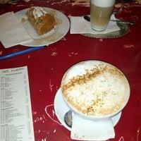 Das Foto wurde bei Café Klatsch von volkermampft am 1/19/2013 aufgenommen