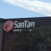 Photo taken at SanTan Brewing Company Uptown by Roland T. on 5/12/2019