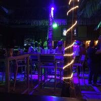 Снимок сделан в Peppers Bar & Grill пользователем Ross P. 6/19/2016