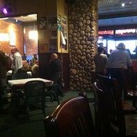 Foto tirada no(a) Woodruff's por Sarah J. em 11/15/2012