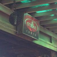 2/11/2013 tarihinde April A.ziyaretçi tarafından Smoke Resto'de çekilen fotoğraf
