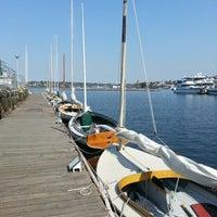 9/17/2012 tarihinde Nate P.ziyaretçi tarafından Center for Wooden Boats'de çekilen fotoğraf