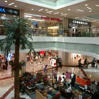 Foto diambil di Pondok Indah Mall oleh Satya W. pada 7/28/2016