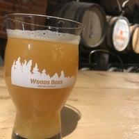Foto tomada en Woods Boss Brewing por Gabe H. el 10/19/2018