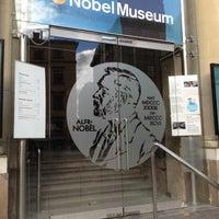 Foto tomada en Nobel Museum por Jeff F. el 10/16/2012