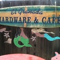 รูปภาพถ่ายที่ El Granada Hardware & Café โดย Catherine M. เมื่อ 5/23/2014