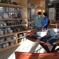 Photo prise au Heath Ceramics par Mario R. le11/3/2012