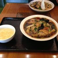 Das Foto wurde bei 万豚記 エミフルMASAKI店 von ren am 1/26/2013 aufgenommen