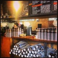 Foto tomada en Philz Coffee por Claire M. el 6/23/2013