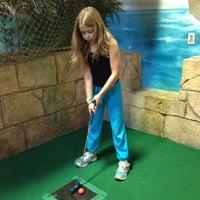 รูปภาพถ่ายที่ Grand Slam Sports & Entertainment โดย Ben B. เมื่อ 11/23/2012
