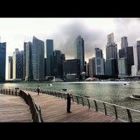 Foto tomada en Marina Bay Downtown Area (MBDA) por Fabrizio B. el 11/27/2012