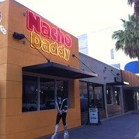 10/11/2013 tarihinde Cathy B.ziyaretçi tarafından Nacho Daddy'de çekilen fotoğraf