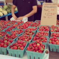 Foto diambil di Union Square Greenmarket oleh Graeme F. pada 6/19/2013