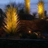 รูปภาพถ่ายที่ Desert Botanical Garden โดย Karen M. เมื่อ 3/26/2013