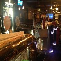 Foto tomada en Irish Pub O'Malley's por Rogerio W. el 1/6/2013