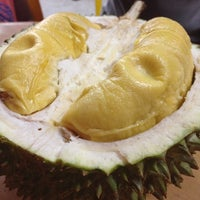 "Photo prise au ""Combat"" Top Quality Durian par Junnita S. le12/27/2012"