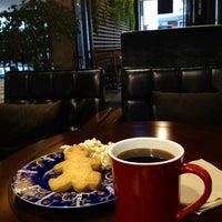 Foto diambil di John White cafe oleh Bora J. pada 9/16/2012