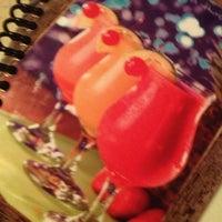 Foto tomada en La Parrilla Mexican Restaurant por Candice S. el 12/12/2012