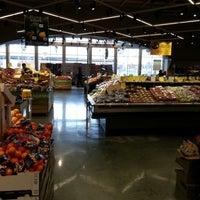 Photo prise au Mariano's Fresh Market par Henry Y. le11/23/2012