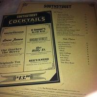 11/6/2012에 @kdeamat ™.님이 Southstreet Restaurant & Bar에서 찍은 사진
