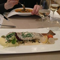 Снимок сделан в Restaurant Le Dome пользователем Anna🍸Bondy 1/8/2013