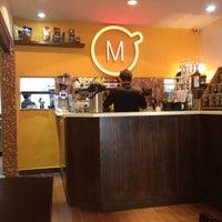 Foto tomada en Momentto Café 100% Colombiano por Fernanda G. el 9/28/2013
