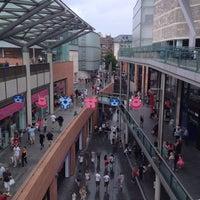 Foto scattata a Liverpool ONE da Mark B. il 7/28/2013