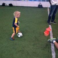 9/14/2013 tarihinde Zachary M.ziyaretçi tarafından Las Vegas Indoor Soccer Park'de çekilen fotoğraf
