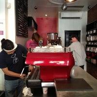 10/18/2012にTony A.がGimme! Coffeeで撮った写真