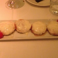 Photo prise au Restaurante Du Liban par Santiago A. le3/22/2013