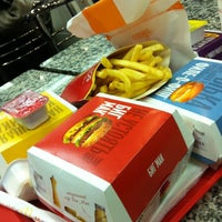 Снимок сделан в McDonald's пользователем Светлана А. 11/5/2012