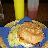 1/19/2016にSilvia F.がTwins Burgerで撮った写真