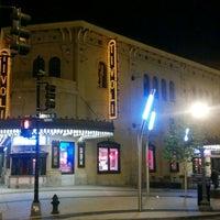 4/24/2017 tarihinde Olumide M.ziyaretçi tarafından GALA Hispanic Theater'de çekilen fotoğraf